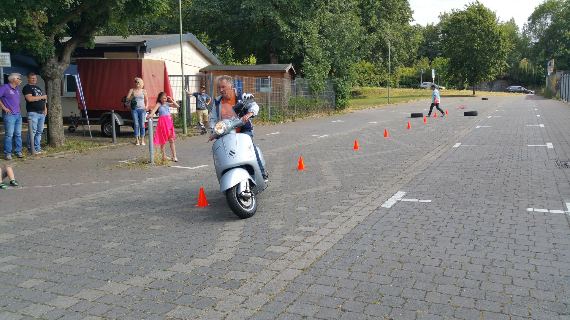 Fahrsicherheitstraining Vespa Life Vespa Club Hagen